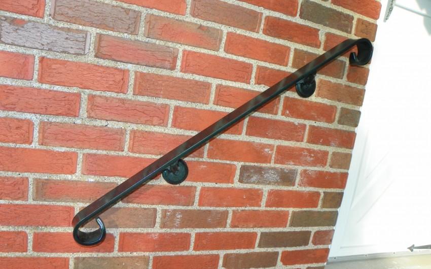 Curled Black Hand Rail